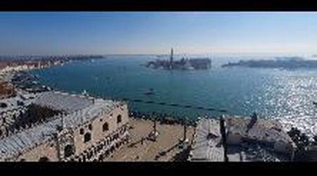 La bellezza mozzafiato di Venezia vista dal campanile di San Marco