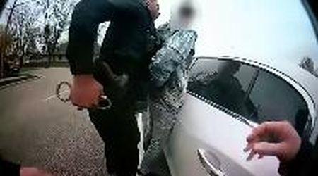 Minneapolis, 20enne afroamericano ucciso dalla polizia: le immagini dalla bodycam dell'agente