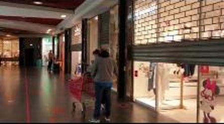 """Covid, la protesta dei negozi dell'Ariosto: """"Fateci aprire anche nei festivi e pre-festivi"""""""