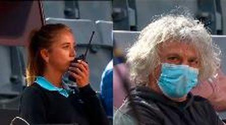 """Tennis, il padre della tennista Giorgi spaventa l'arbitro: """"È furioso mandate la security"""""""