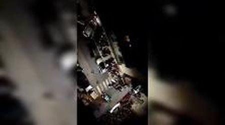 Bari, movida in strada dopo il coprifuoco: fischi e insulti ai vigili urbani
