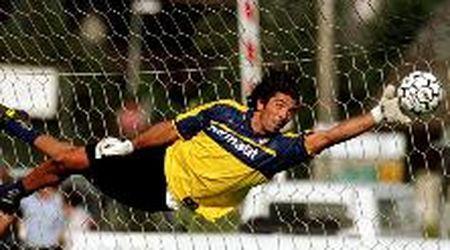 Buffon torna al Parma dopo 20 anni, i tifosi apprezzano la scelta romantica
