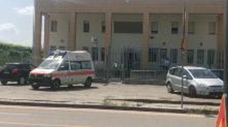 Femminicidio sul Piave. L'ambulanza davanti alla caserma dove si è costituito l'assassino