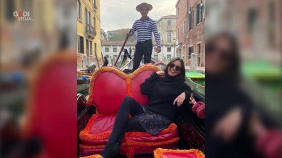 La love story da film a Venezia: giovane gondoliere conquista l'ex modella Melanie Sykes