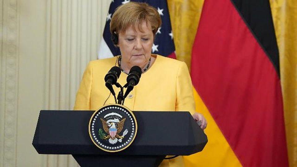 """Alluvioni in Germania, Merkel: """"Il mio cuore è con chi ha perso i propri cari in questa catastrofe"""""""