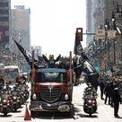 Nfl, Philadelphia impazzisce per gli Eagles campioni: folla da record per la parata dei nuovi campioni del football