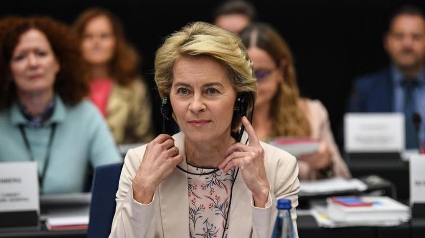 """Manovra, l'Ue mette i paletti sul deficit: """"Flessibilità possibile, ma è da negoziare"""" – La Stampa"""
