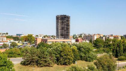 """Incendio grattacielo a Milano: la procura sequestra la Torre dei Moro: """"Rischio di crolli"""""""