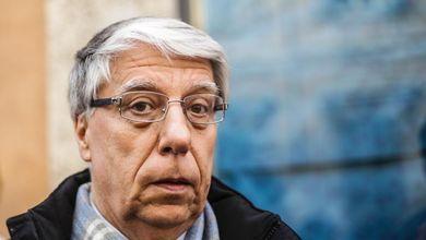 Il senatore Carlo Giovanardi è indagato dall'antimafia