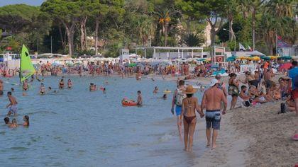 Palermo senza la sua spiaggia: caccia alla causa che rende Mondello inquinata