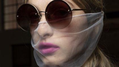 Audace, effetto blur o sfumato, ecco il trucco labbra dei prossimi mesi