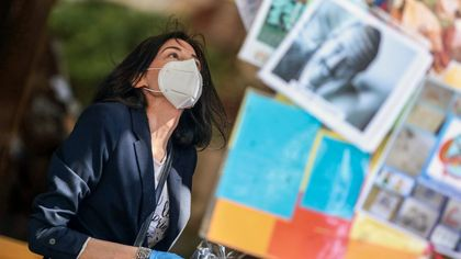 Le foto di Igor Petyx sulla pandemia, mostra nell'hub vaccinale di Palermo