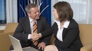 Datazione di un medico di sesso femminile Pro e contro