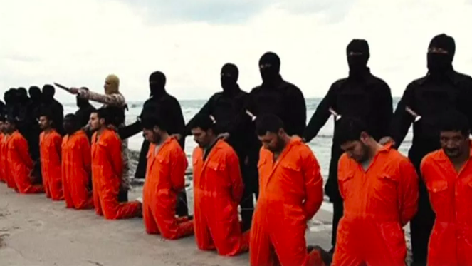 """Il Papa ricorda i martiri copti: """"Sgozzati dalla brutalità dell'Isis, sono Santi di tutti i cristiani"""""""