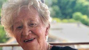 Verbania piange la prof Angela Calcaterra, storica insegnante di inglese del Santa Maria