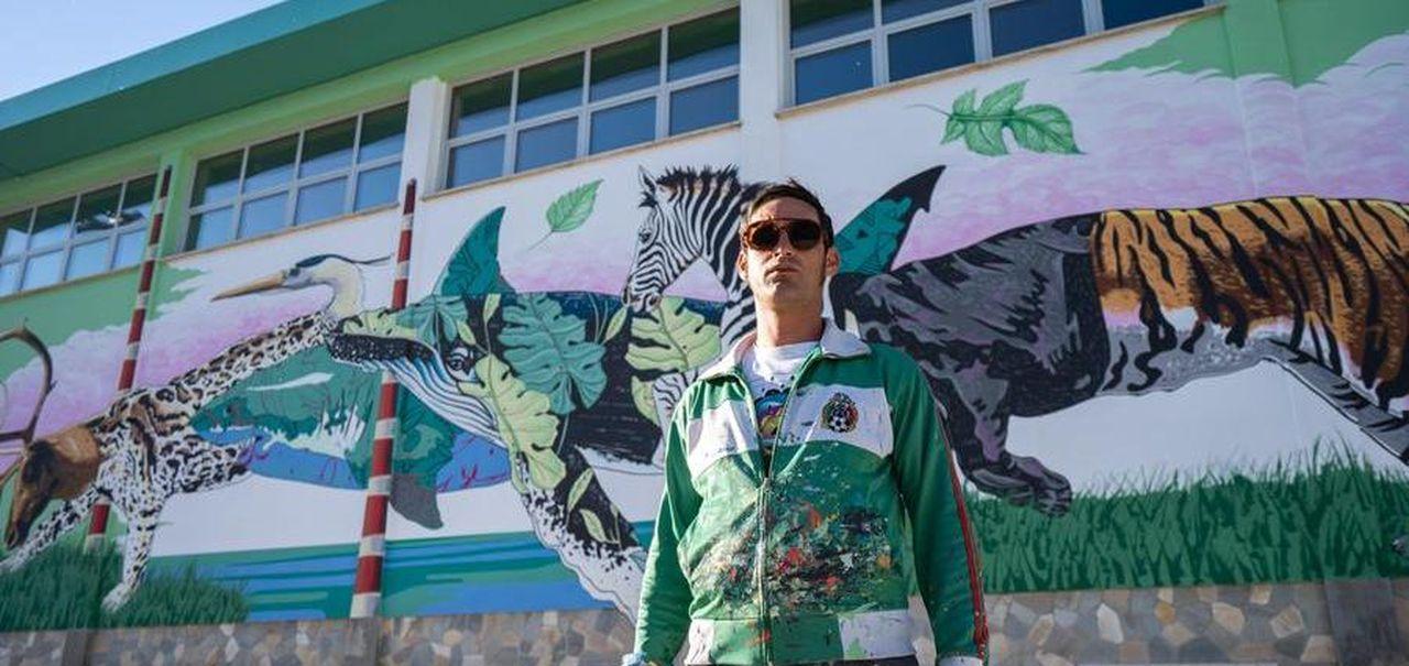 Così da New York la street-art di Iena Cruz è tornata in Italia per far rinascere una scuola - La Stampa