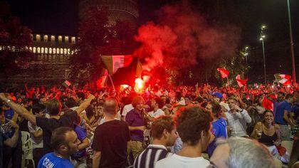 Italia-Inghilterra, Milano in piazza esulta per gli azzurri