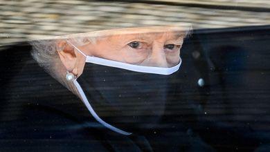 La regina Elisabetta compie 95 anni. I dubbi sul futuro della monarchia