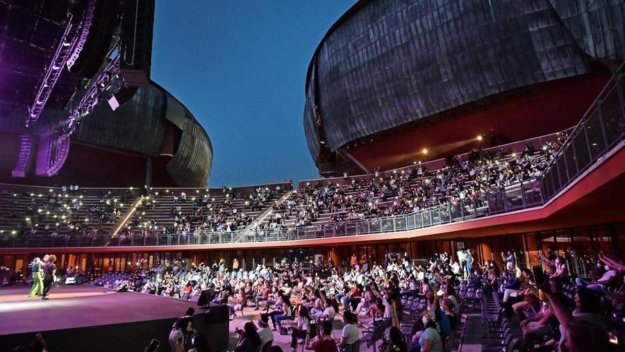 Il pubblico all'Auditorium Parco della Musica, Cavea, di Roma in occasione del live di Emma del 19 giugno 2021