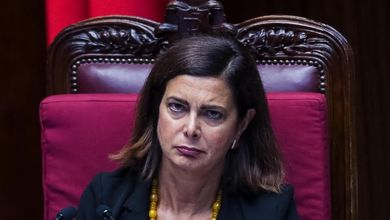 La Camera rottama Laura Boldrini