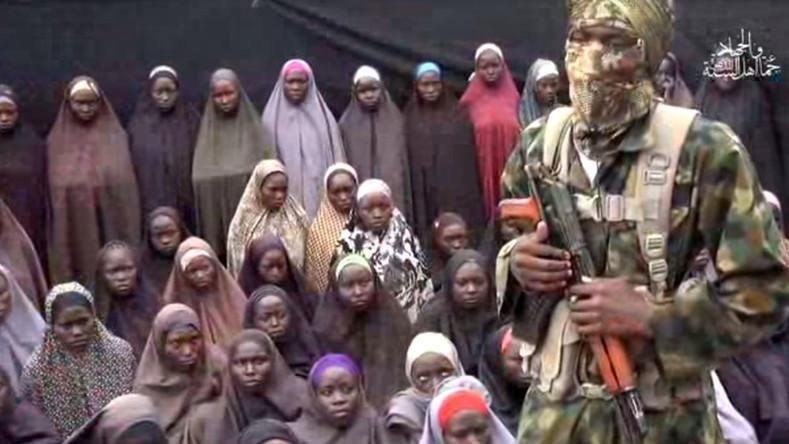 "Nigeria, una fonte governativa: ""Liberate le 317 studentesse rapite"" - La  Stampa"