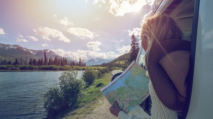 Look da vacanza: andiamo al lago. Ecco cosa occorre avere