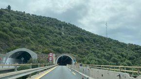 Ora sull'Autofiori rifioriscono i cantieri da Spotorno al confine