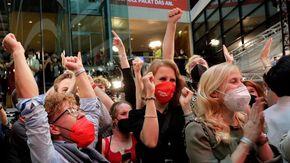 """Germania al voto, """"Kenya"""", """"Giamaica"""" o """"semaforo"""": il gioco delle coalizioni per la maggioranza al Bundestag"""